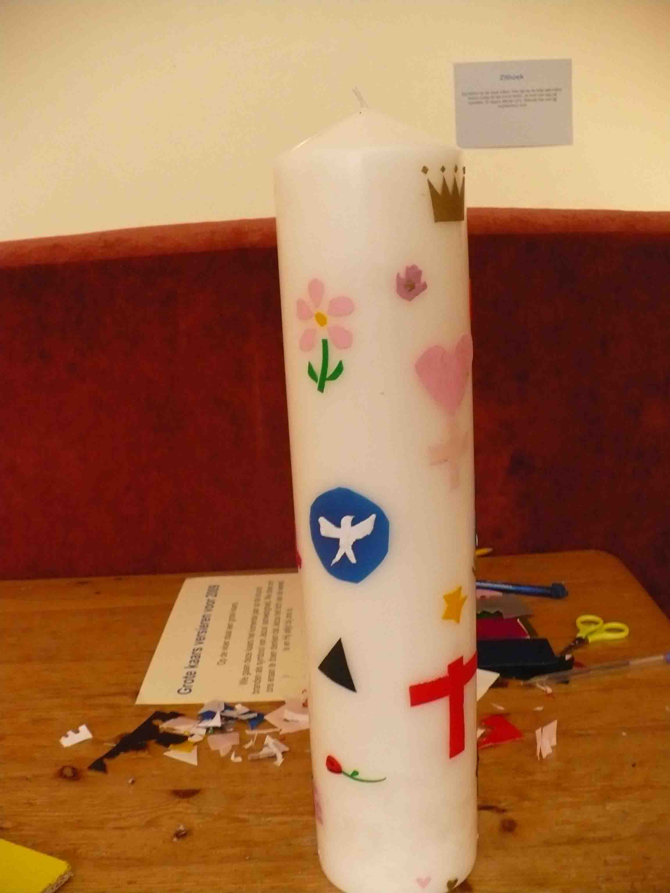 Decorate candle as creative prayer idea in sunday school class
